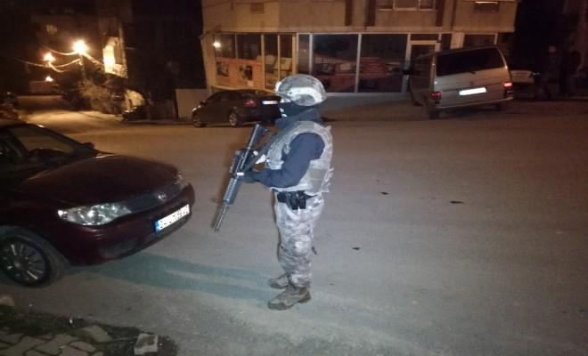 İstanbulda 32 Adrese Uyuşturucu Baskını: 31 Gözaltı