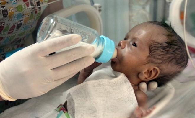 Hayatını Kaybeden Annesinin Sütüyle Hayata Tutundu