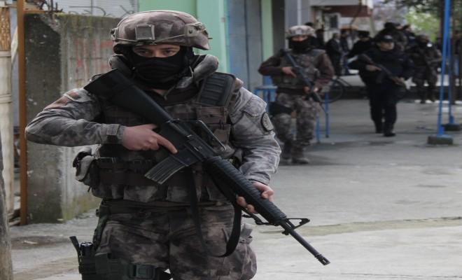130 Adrese Eş Zamanlı Operasyon: 39 Gözaltı