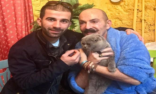 Ünlü Modacı 5 Aydır Kayıp Olan Kedisine Kavuştu