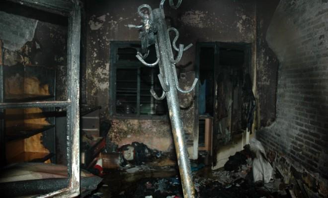 Ailesiyle Tartışınca Evi Yaktı