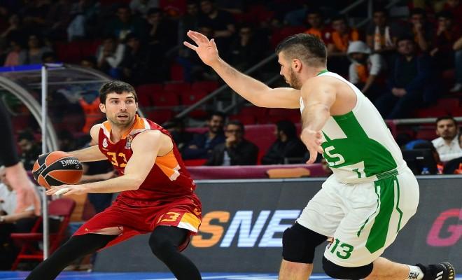 Galatasaray Odeabank, Rus Ekibe Acımadı
