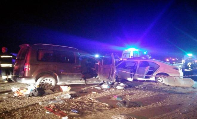 Manisada Katliam Gibi Kaza: 2 Ölü, 10 Yaralı