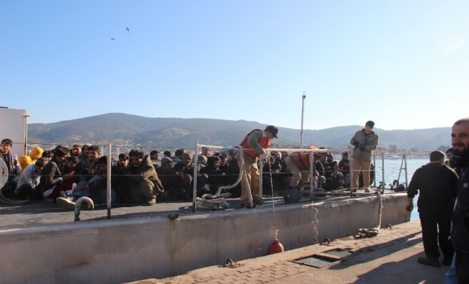 Foçada, 115 Suriyeli Göçmen Yakalandı