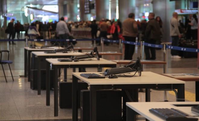 Atatürk Havalimanında Referandum Hazırlığı