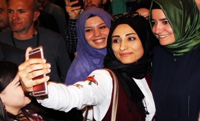 """Ülkemizin En Büyük Zenginliği Genç Nüfusumuzdur"""""""