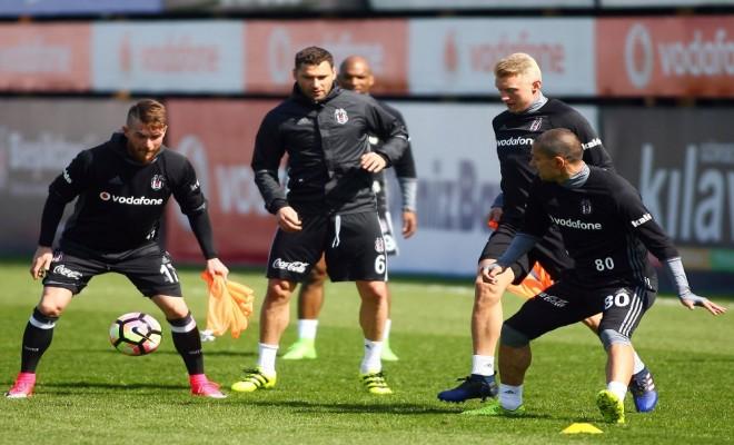 Beşiktaşta Gençlerbirliği Maçı Hazırlıkları Sürüyor