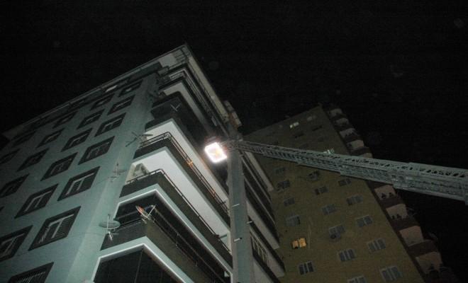 Buzdolabından Yangın Çıktı: Apartman Dairesi Küle Döndü