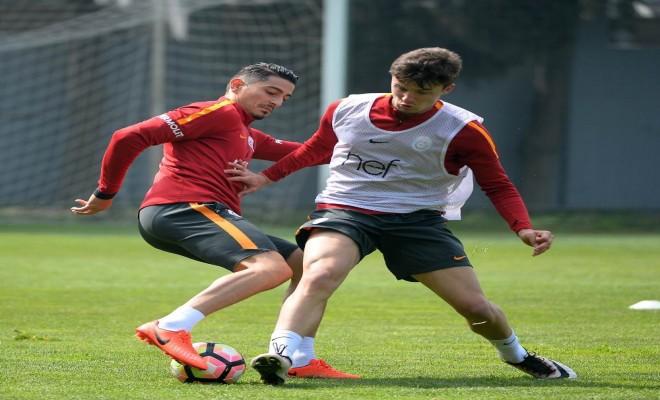 Galatasarayda Adanaspor Maçı Hazırlıkları Sürüyor