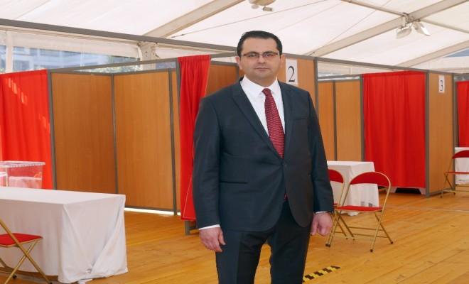 Pariste Türk Seçmenler İçin Sandıklar Kuruldu