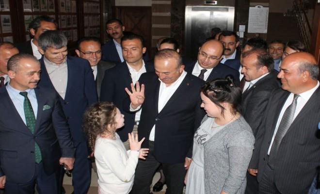 Bakan Çavuşoğlu Rusçasını Konuşturdu