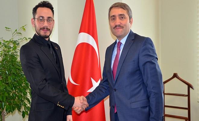 """""""Sayın Erdoğan İkinci Kurtuluş Savaşının Lideridir"""