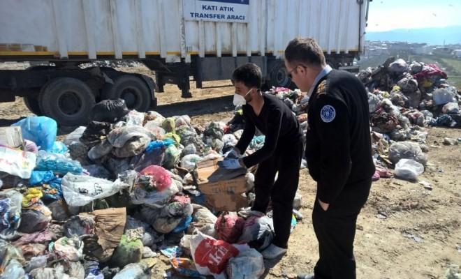 Kadın Yanlışlıkla Çöpe Attı, Belediye Alarma Geçti