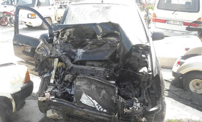 İzmirde Korkunç Kaza: 3 Aylık Bebek Öldü, 7 Yaralı