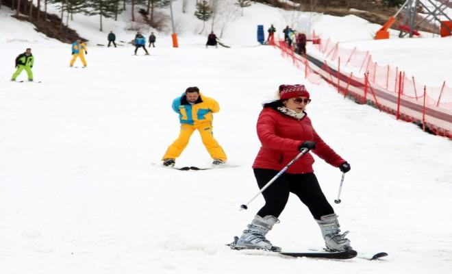 Palandökende Nisan Ayında Kayak Keyfi