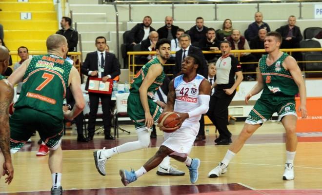 Trabzon Banvite Boyun Eğdi