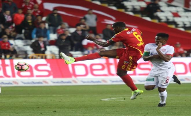 Gergin Maçta Kazanan Antalya!