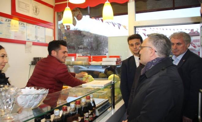 Bakan Ağbal Esnafa Et Fiyatlarını Sordu