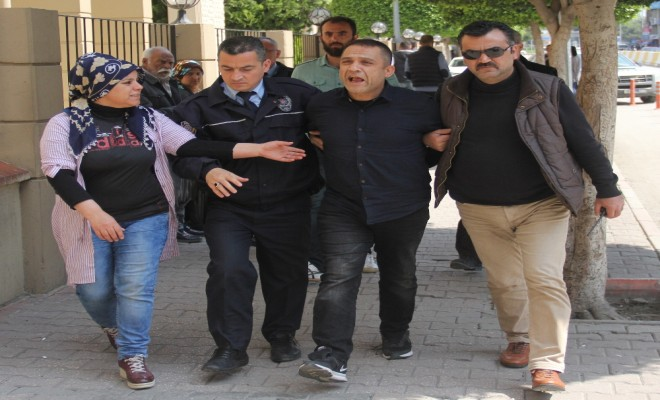 Cezaevi Firarisi Evinde Cephanelikle Yakalandı