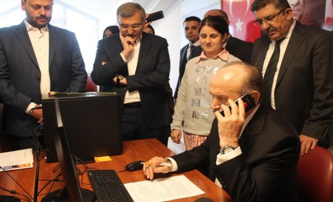 Başkan Topbaş Seçmeni Arayarak Referandumu Anlattı