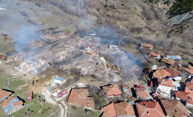 Çankırıda Küle Dönen Köy Havadan Görüntülendi