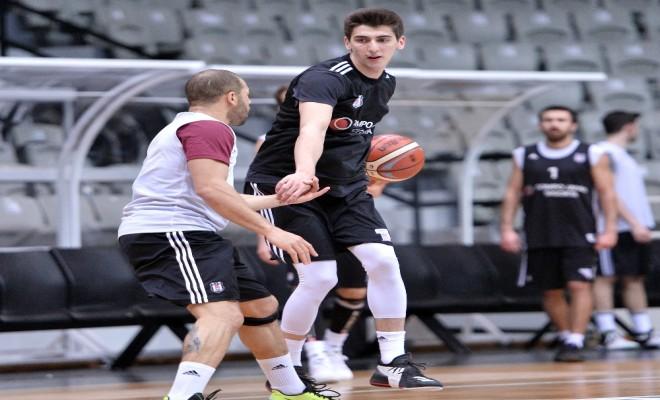 Beşiktaş Sompo Japanın Tofaş Mesaisi Sürüyor