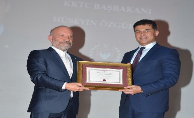 Özgürgüne Yakın Doğu Altın Anahtar Onur Ödülü