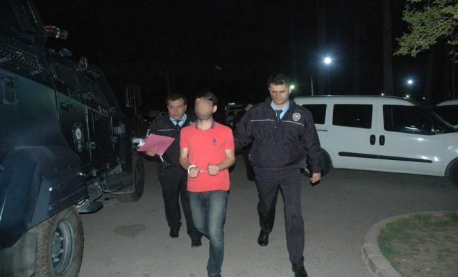 Adanada Pkk Operasyonu: 22 Gözaltı