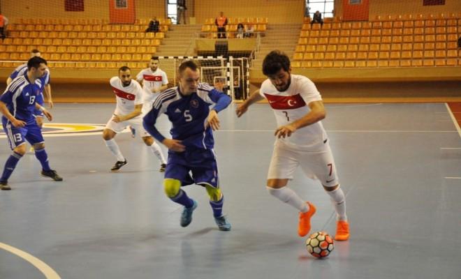 Futsal Milli Takımı Slovakyaya Yenildi