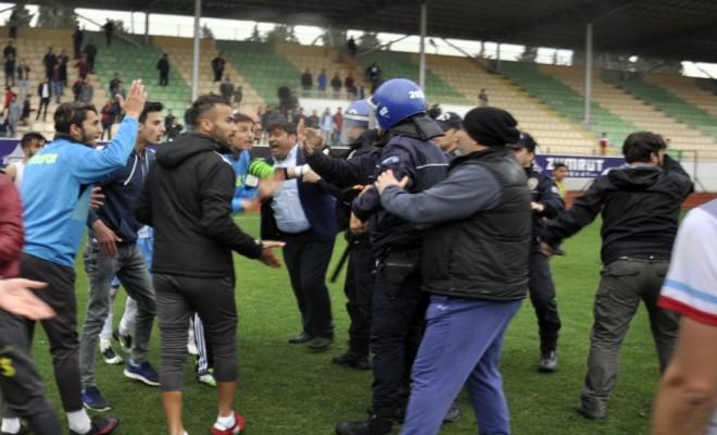 Polis-Taraftar Gerginliği: 8 Gözaltı