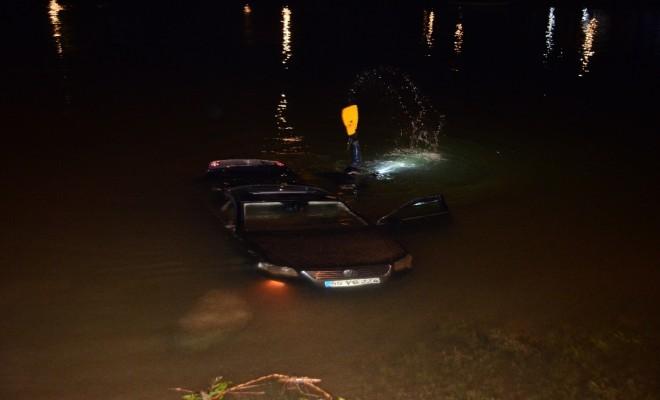 Çaldığı Otomobille Göle Uçtu