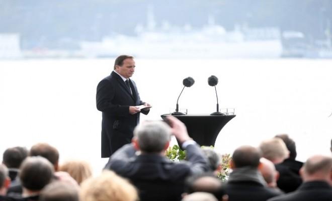 İsveçte Terör Kurbanları İçin Saygı Duruşu