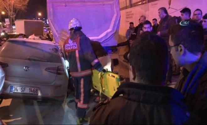 İstanbulda Feci Kaza: 1 Ölü, 1 Yaralı