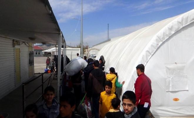 Suriyelilerin Güvenliğin Sağlandığı Bölgelere Dönüşü Sürüyor