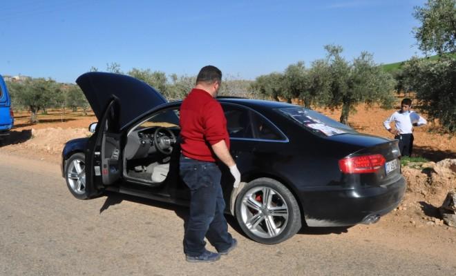 Dur İhtarına Uymayan Araçtan Polise Ateş Açıldı