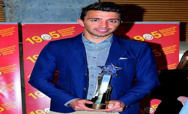 Muslera Galatasarayda Yılın Sporcusu Seçildi