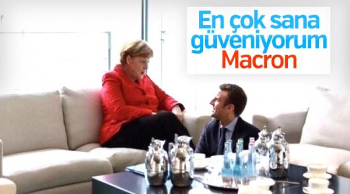 Angela Merkel yeni dönemde Fransa ile hareket edecek