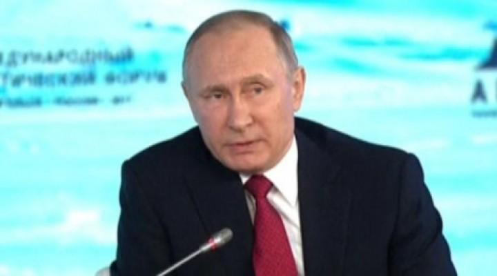 Vladimir Putin: Kuzey Kutbunda Yaşanan İklim Değişikliği Rusya'nın Ekonomisi İçin İyi.