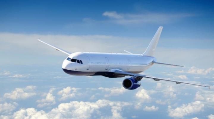 Havada Panik: İki Uçağa Yıldırım Çarptı