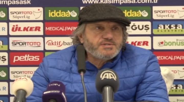 Mustafa Reşit Akçay, İstifa Etti