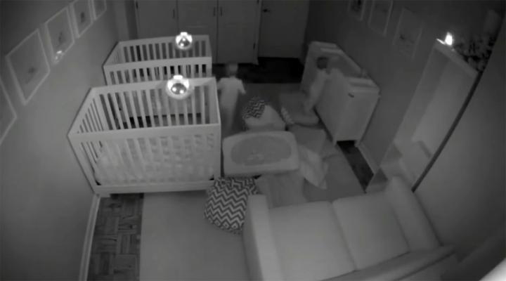 Minik İkizlerin Gece Sefası