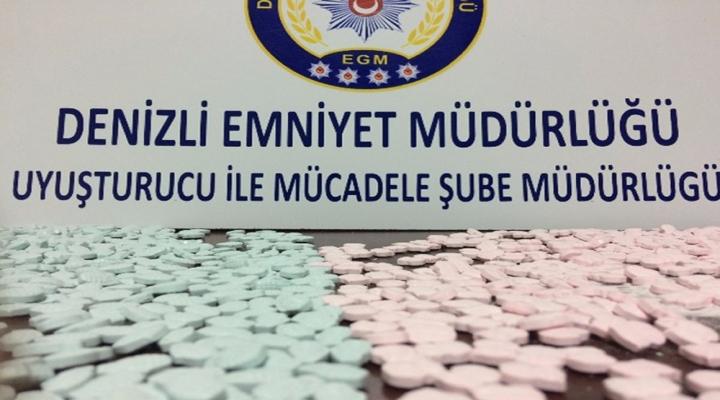 Hollandadan Uyuşturucu Getiren Şahıslar Tutuklandı