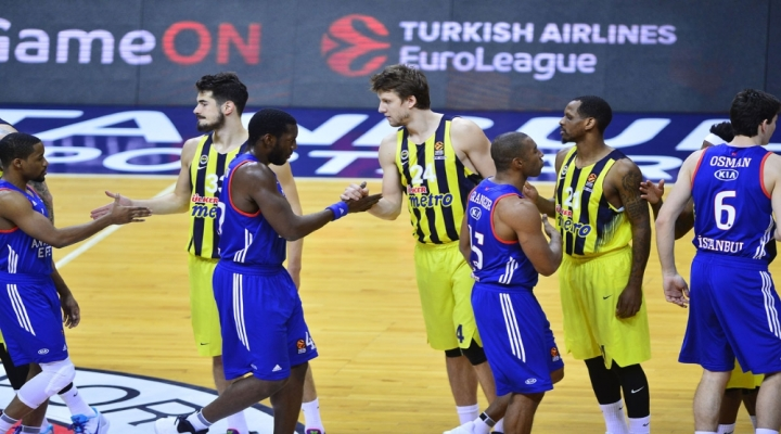 Euroleaguede Türk Derbisi Heyecanı