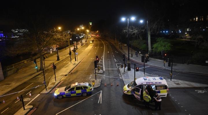 Londradaki Saldırının Bilançosu: 5 Ölü, 40 Yaralı