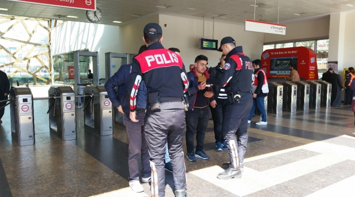 "İstanbulda ""Kurt Kapanı 2"" Operasyonu"