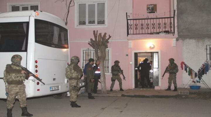 Pkkya Eleman Kazandıran 3 Kişi Gözaltına Alındı