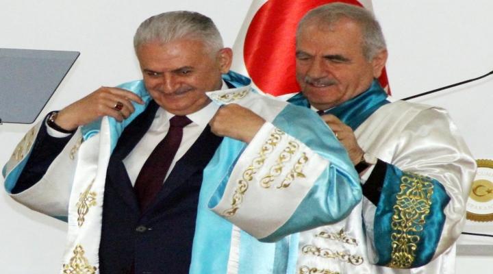 Başbakan Yıldırıma Fahri Doktora