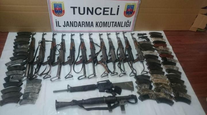14 Teröristin Öldürüldüğü Operasyonda Cephanelik Ele Geçirildi
