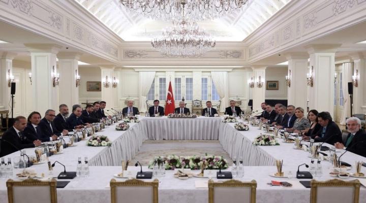 Başbakan Medya Temsilcileri İle Buluştu