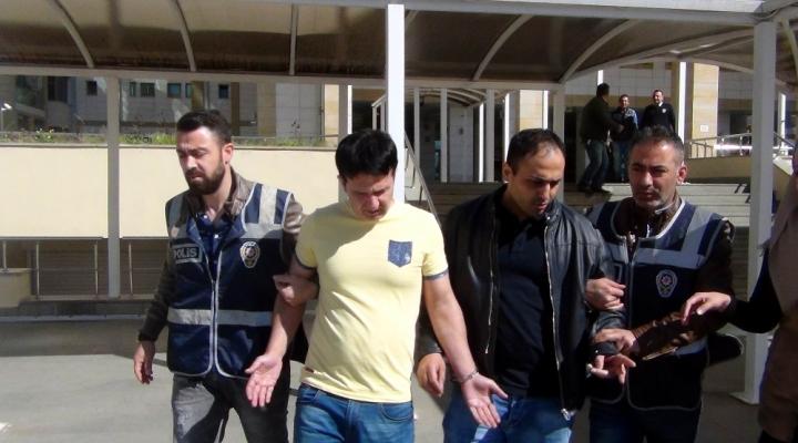 Turistleri Dolandıran Sahte Polisler Tutuklandı